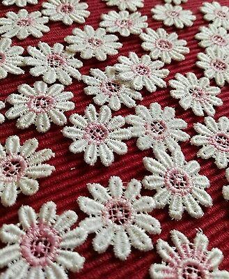 30 Applikation hochwertige Blumen GPO  ROSA Weiß Borte nur 2.5cm @3