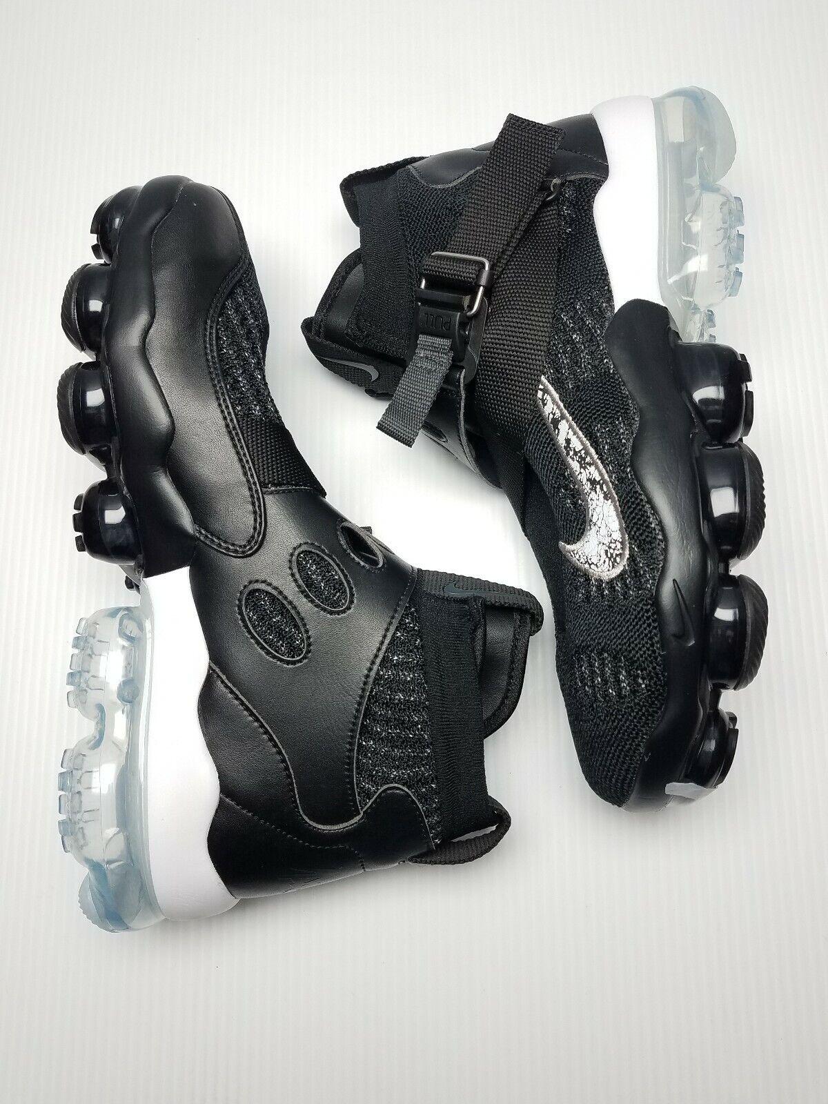 Nike Air Vapormax Premier Flyknit Black Metallic Silver AO3241-002 Size 9