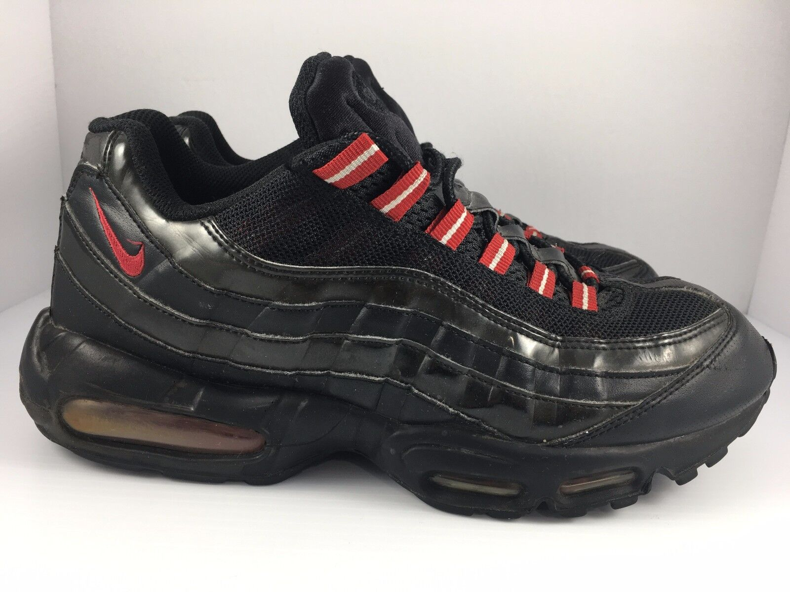 Nike Air Max 95 size 10.5 Black Patent Black + Varsity Red Sneakers [609048-037]