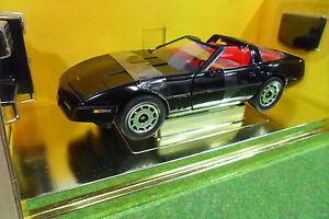 CHEVROLET-CORVETTE-COUPE-1984-cabriolet-1-18-AMERICAN-MUSCLE-ERTL-33177-voiture