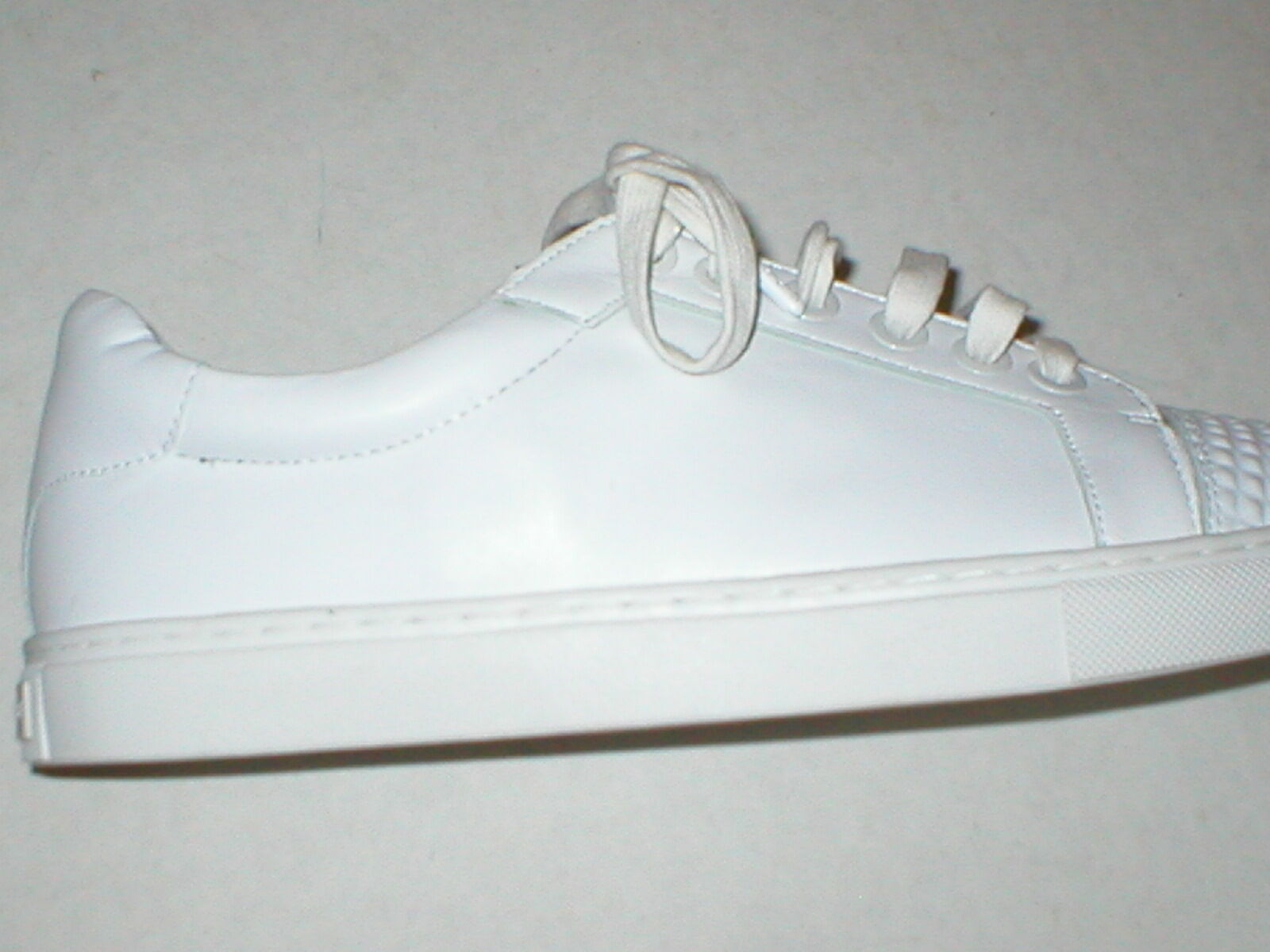 New Womens shoes Fashion Casual Sneakers 8 White Leather Leather Leather Studs Rebecca Minkoff edb2e5