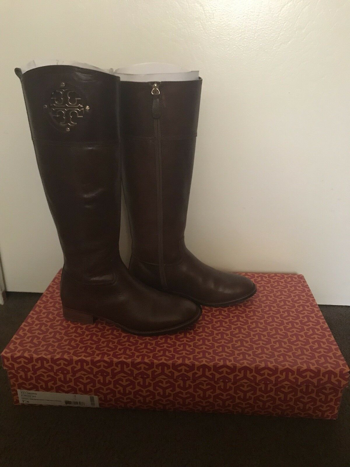 Tory Burch Kiernan 35MM Leather Riding Boot Finni Veg Leather 35MM size 7.5 987a14