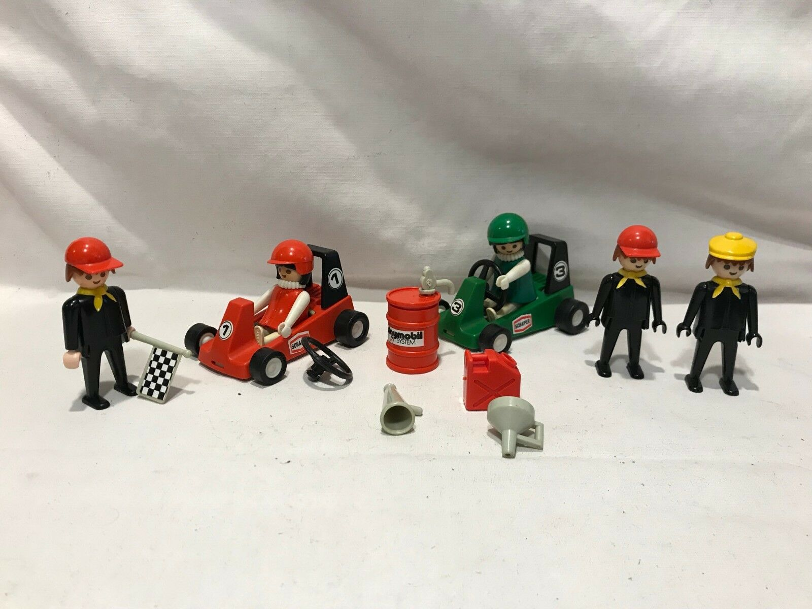 Playmobil Geobra Vintage 1979 DLX Race Car Set Schaper Cars Drivers Pit Crew Gas