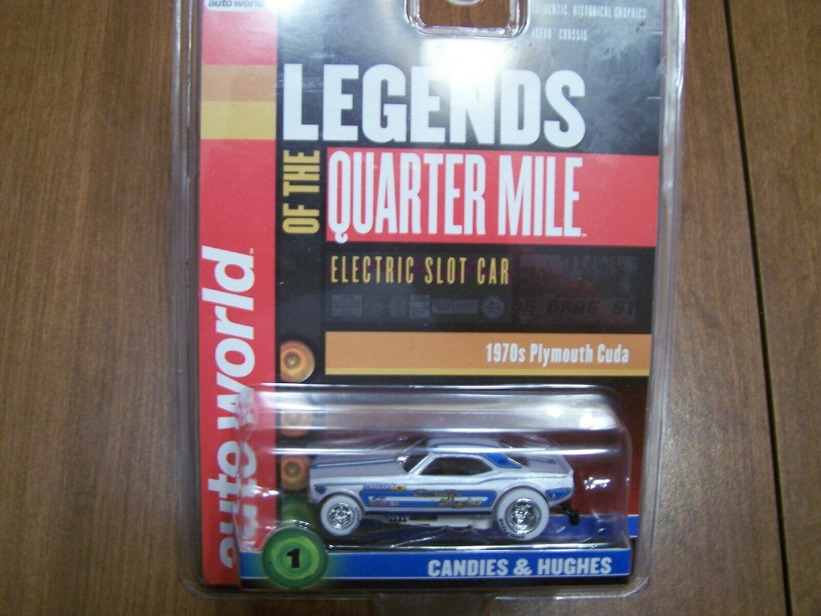 AW Auto World Legends of of of the Quarter Mile 1970 Plymouth Cuda Chase 0055e3
