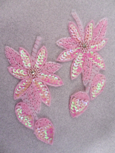 """XR51 Pink Floral Mirror Pair Beaded Sequin Appliques 6/""""  Sewing Crafts :"""
