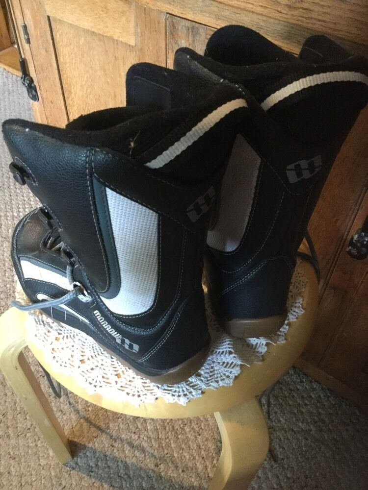 Pre Owned Morrow Youth Size 4 Snowboard Snowboard Snowboard Stivali. 06998d