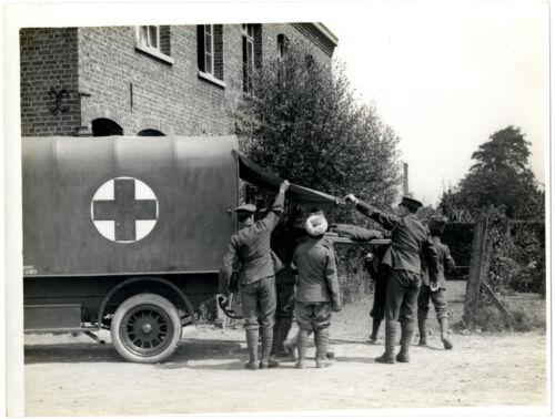 "British Army Ambulance Aid Post Casualty 1915 World War 1 5x4/"" Reprint Photo bl"