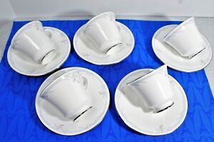 LOT-of-5-Royal-Doulton-CARNATION-Footed-Tea-Cup-amp-Saucer-SETS-H5084