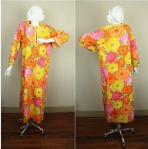 Gorgeous WATERCOLOR PALETTE Vintage Hawaiian Floral Hippie Boho 70s Tropical Floral MAXI Dress Caftan