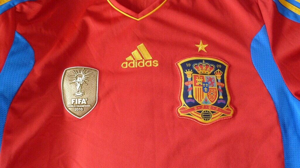 Authentic Adidas Spain World Cup 2010 11 Champions patch shirt jersey