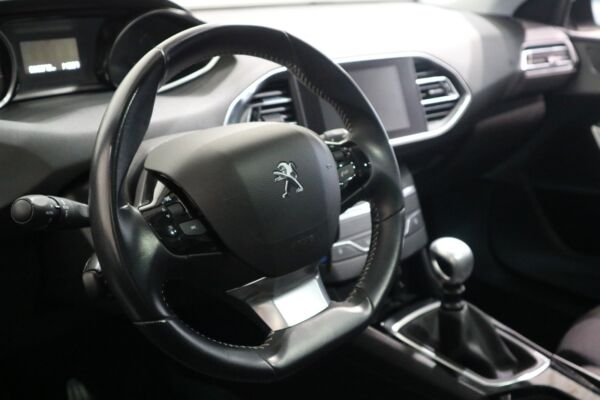 Peugeot 308 1,6 BlueHDi 120 Style Limited - billede 3