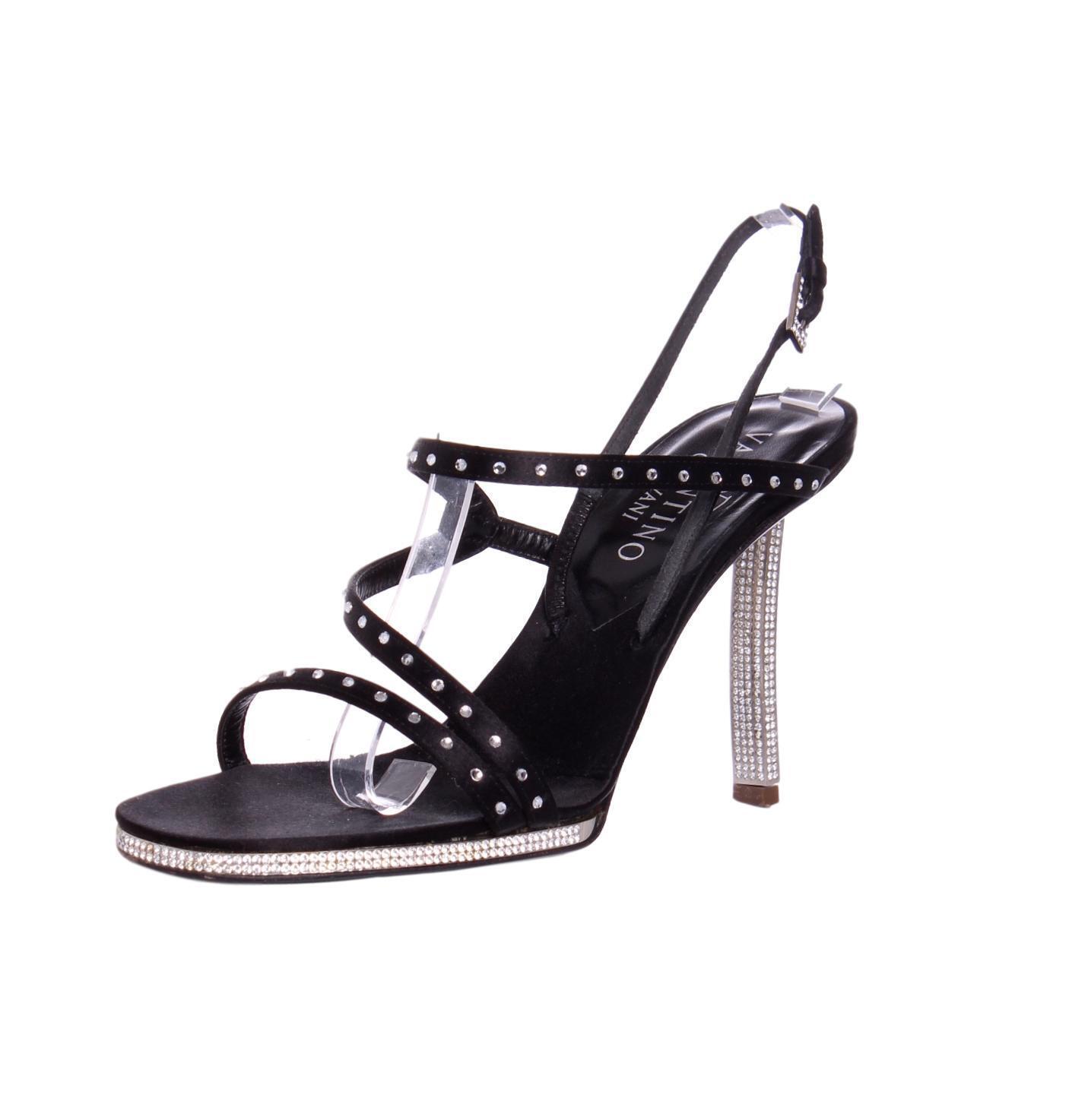 risparmia fino al 30-50% di sconto VALENTINO Vintage nero nero nero Satin Slingback Crystal Embellished Strappy Pumps - US 8  le migliori marche vendono a buon mercato
