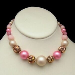 Chunky-Pink-Art-Glass-Carved-Beads-Collar-Necklace-Vintage-Slim-Neck-Beautiful