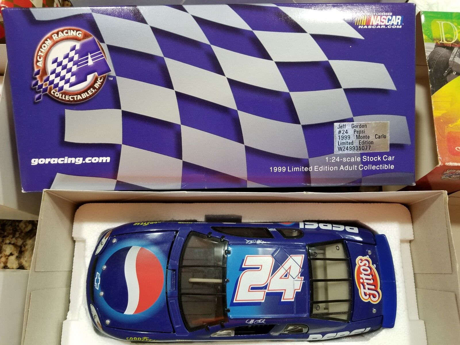 Jeff Gordon Action Racing 1 24 Scale Car Bank Bank Bank Lot Collectable a66f5f