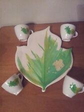 Servizio da caffè ceramica dipinto a mano. piatto edera+4 tazzine. LEGGI
