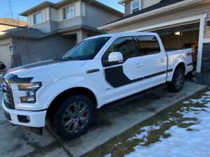 2017 FORD F150 XLT Special/Sport Edition Package/ Low Km
