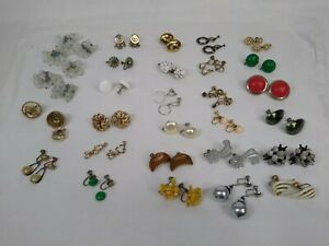 Lot-29-Pair-Earrings-Screw-Back-Vintage-Rhinestone-Hoop-Bead-Drop-Cabochon-CORO