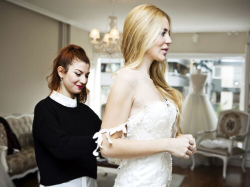 5f43fc222bd It s a great idea to bring your dress with you when you go for an underwear  fitting. That way