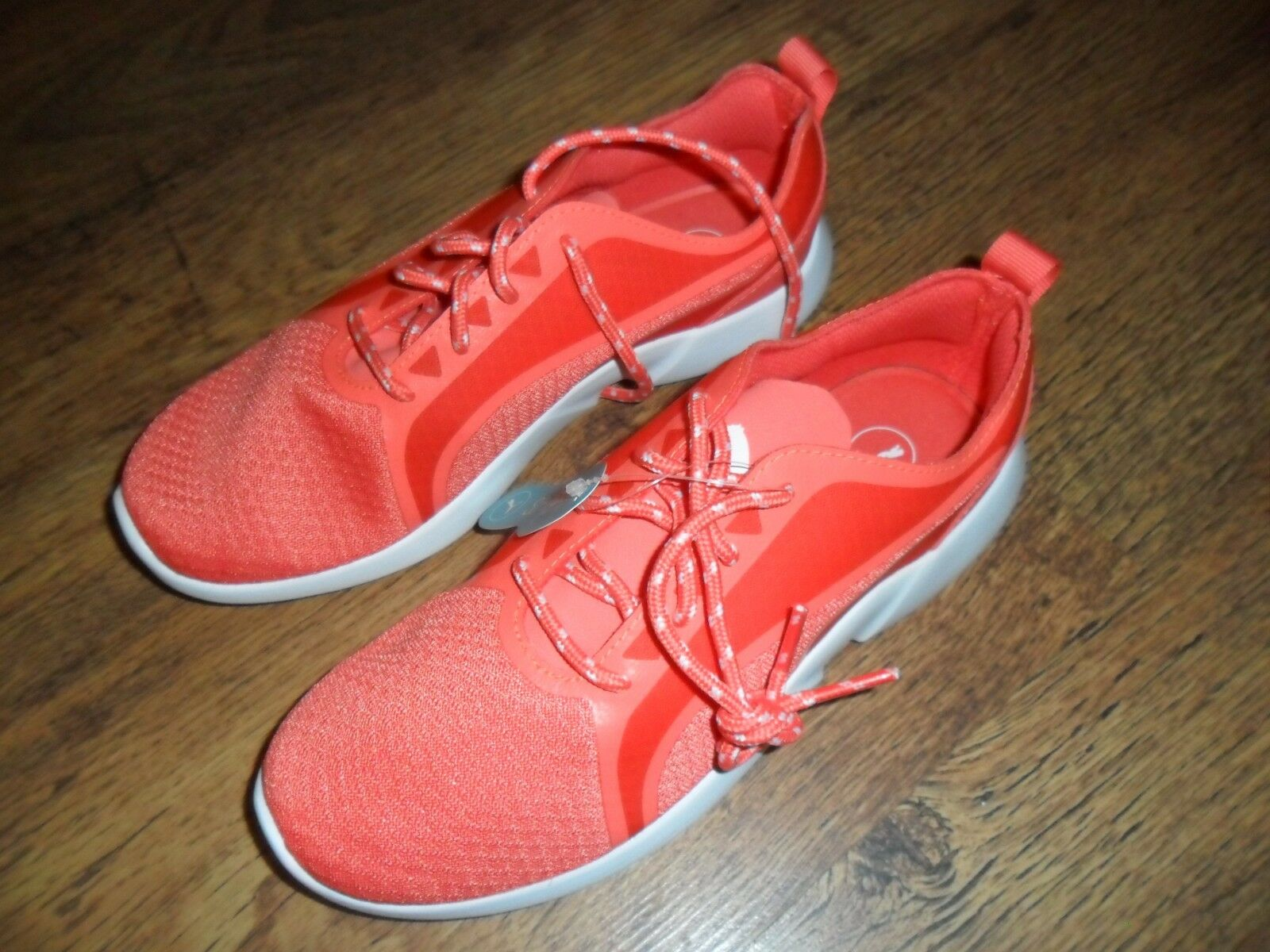 BNIB Puma Vega Evo Ladies Coral Textile Softfoam Comfort Running Trainers SIZE 3