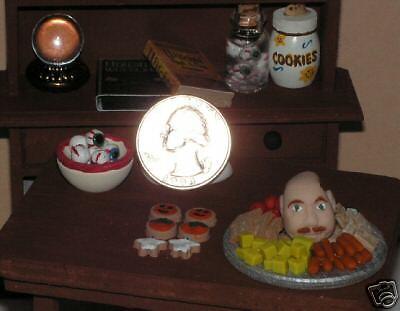 Dollhouse Miniature Halloween Bowl of Eyeballs 1:12 scale E24A  Dollys Gallery