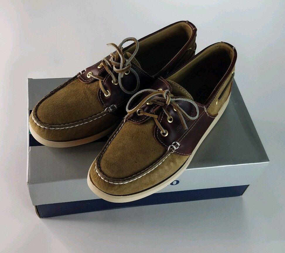 Sebago men light and dark , brown lace up shoes docksides shoes size 8.