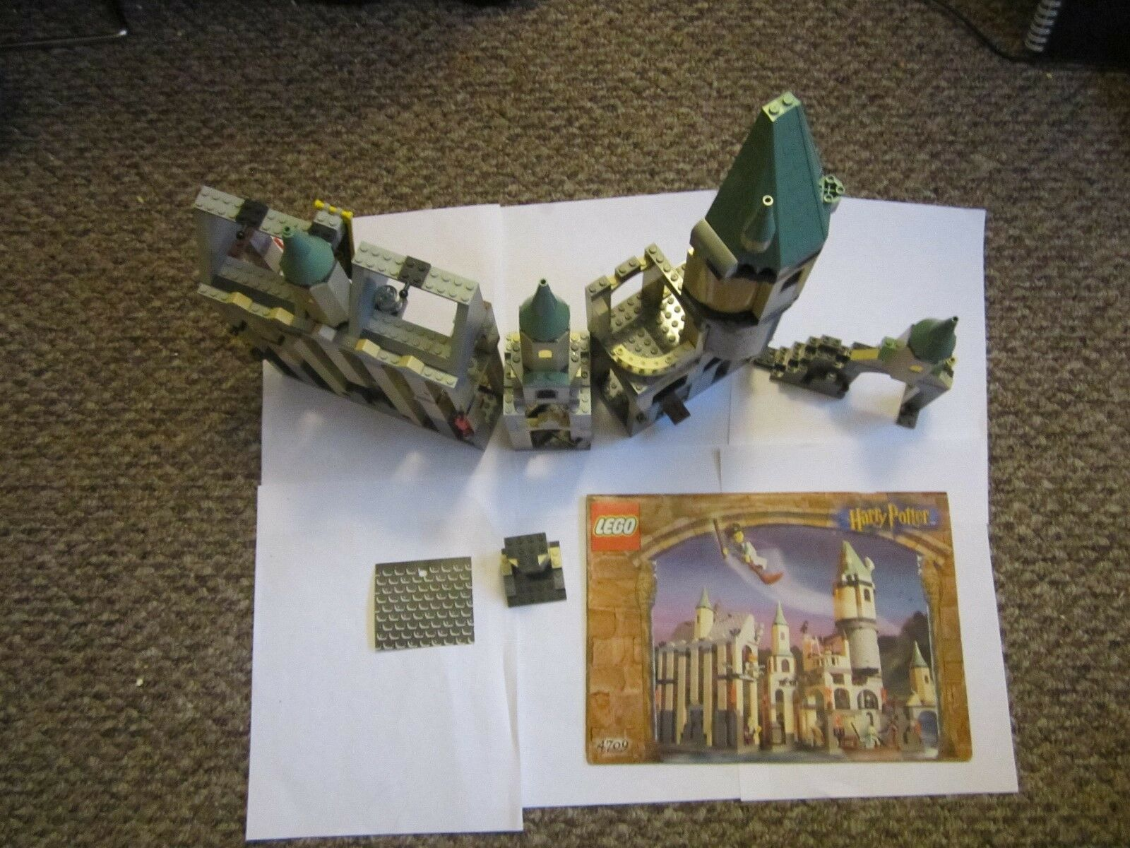 Lego Harry Potter Set 4709 Hogwarts Castillo Suelto Casi Completo Sin Minifiguras