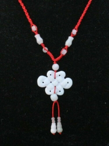 Réglable Perles Chaîne Big Carved Jadeite Jade Lucky éternel Noeud Collier