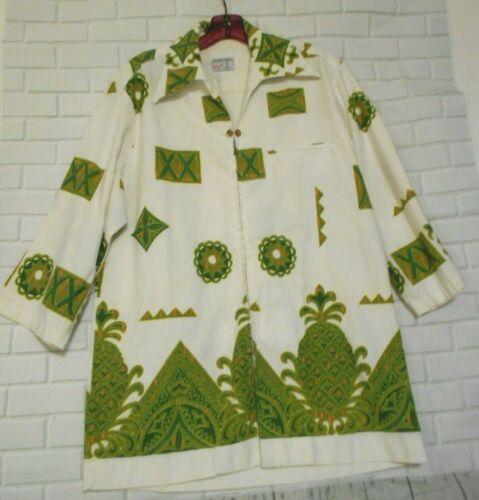 Reyn's Men's Wear Medium Green White Hawaiian Alo