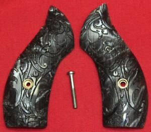 Smith-amp-Wesson-J-Frame-Round-Butt-Carved-Pearl-Grips