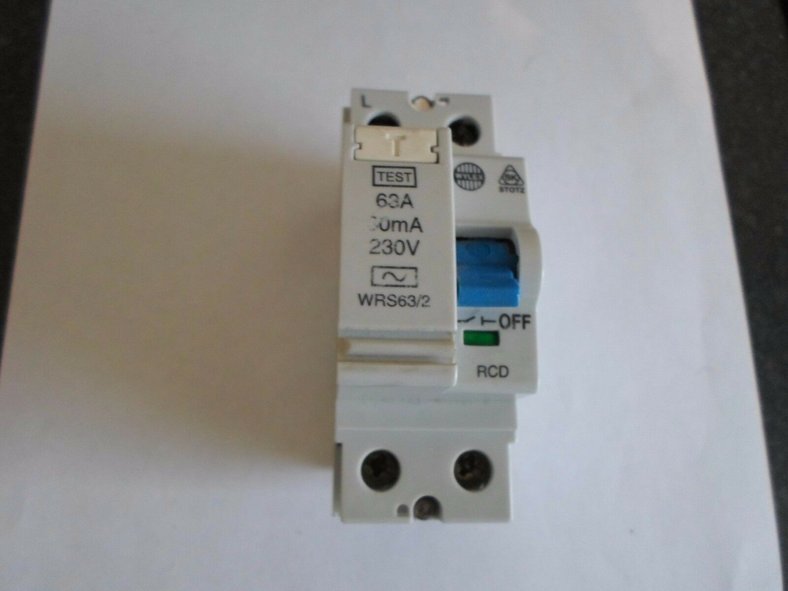 Wylex 2 Pole Rcd 63 Amp 30ma Wrs63 Ebay Fuse Box Circuit Breaker Together With Safety Switch Stock Photos