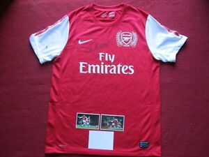 29c3ff44397 Image is loading ARSENAL-GUNNERS-LEGEND-THIERRY-HENRY-HAND-SIGNED-NIKE-
