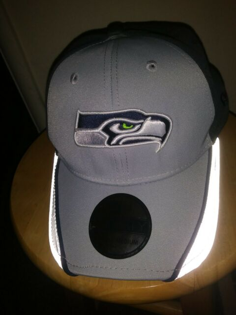 d218082d2 Seattle Seahawks Reflective Cap NFL New Era 39THIRTY Hat Mens Fitted sm med  New