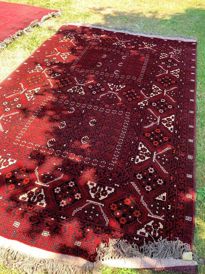Gulvtæppe, ægte tæppe, Håndknyttet uld.