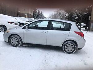 A great car (2011 Nissan Versa) with affordable price