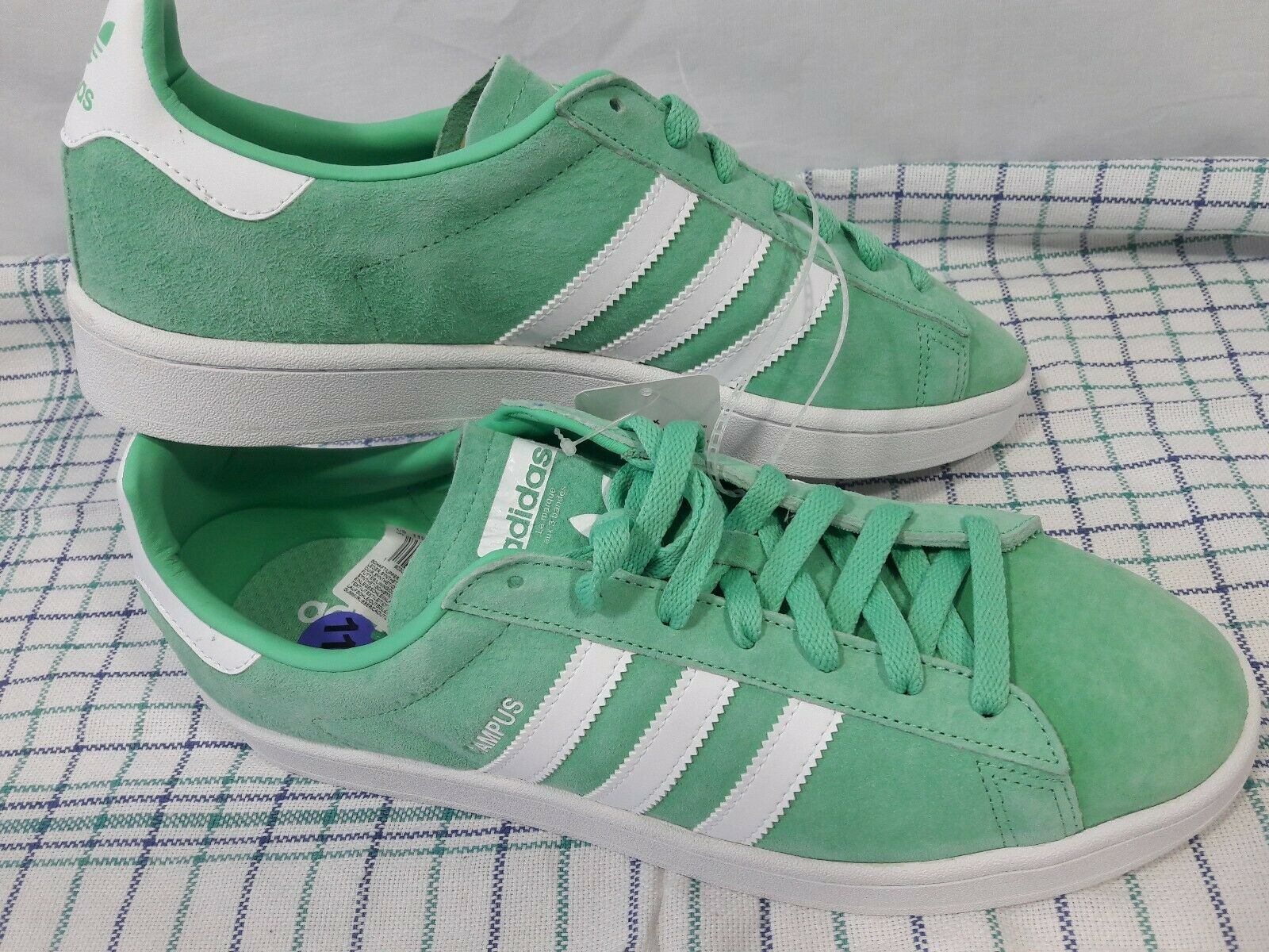 Adidas Men's Campus Green Glo and White Sneakers  BZ0076 Size 11.5