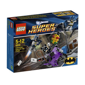LEGO-Super-Heroes-6858-Catwoman-Catcycle-City-Chase-Brand-New-Sealed