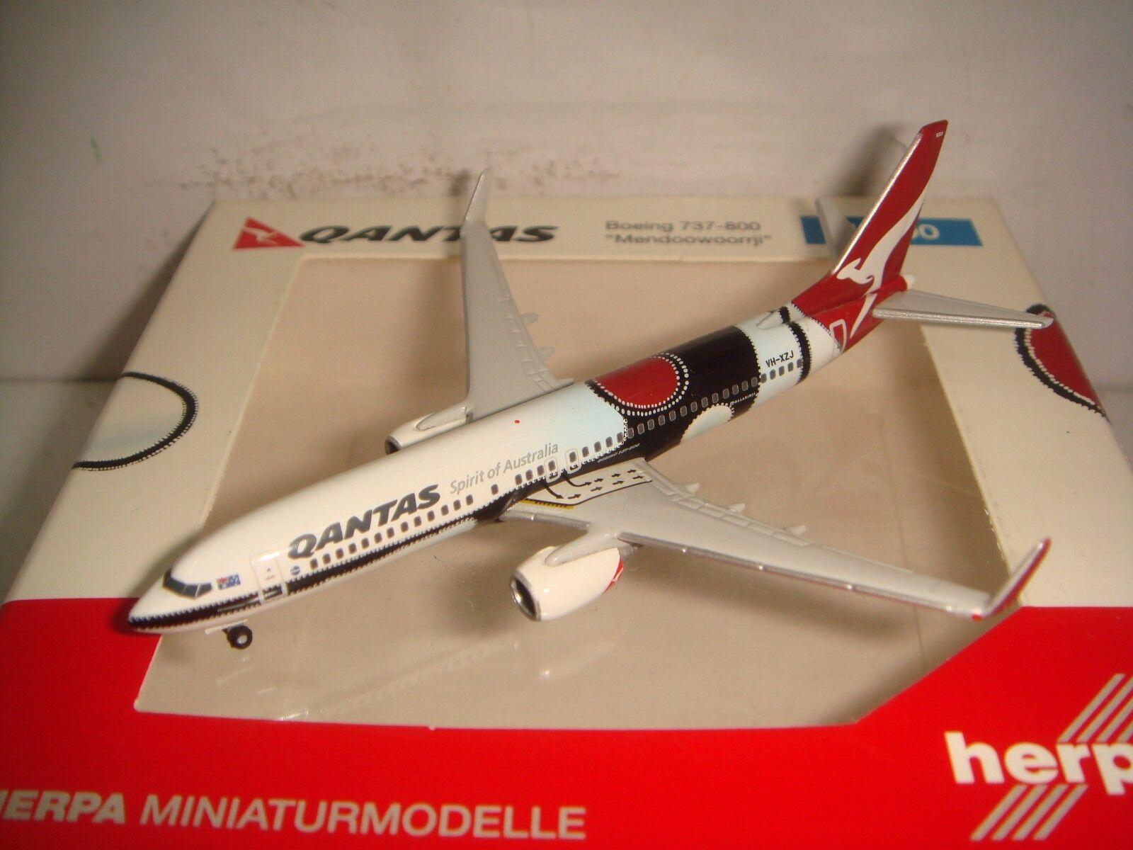 HERPA WINGS Qantas Airways B737-800WL  Mendoowoorrji couleur  NG 1 500