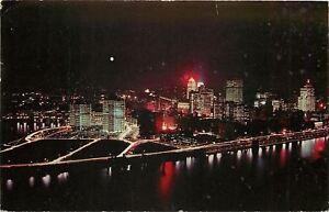 Pittsburgh-Pennsylvania-Aerial-View-from-Mt-Washington-Night-1961-Postcard