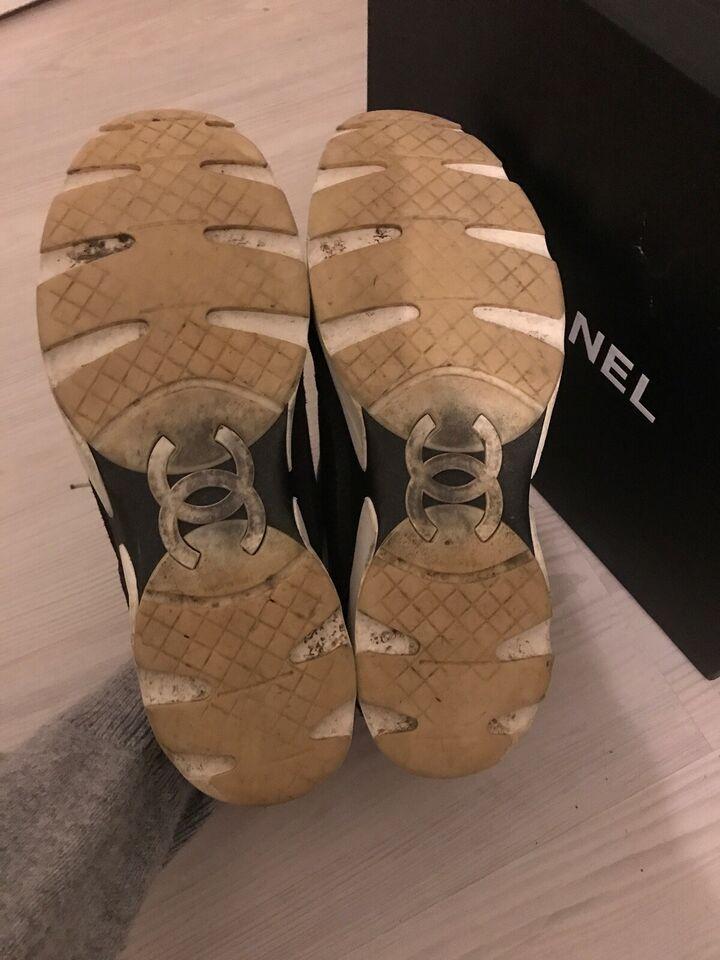 Sneakers, str. 39, Chanel