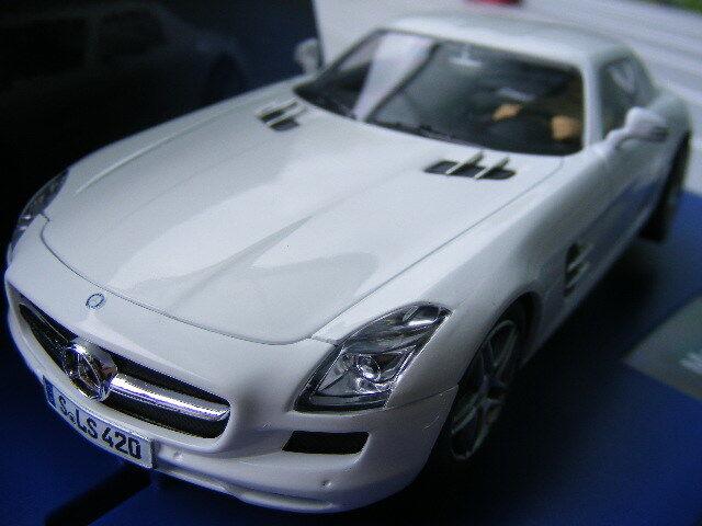 Carrera Digital 132 30542 MERCEDES SLS AMG Coupè NUOVO