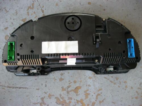 Kombiinstrument FIS Tacho A4 B6 8E V6 TDI 8E0920900G DIESEL Instrumente