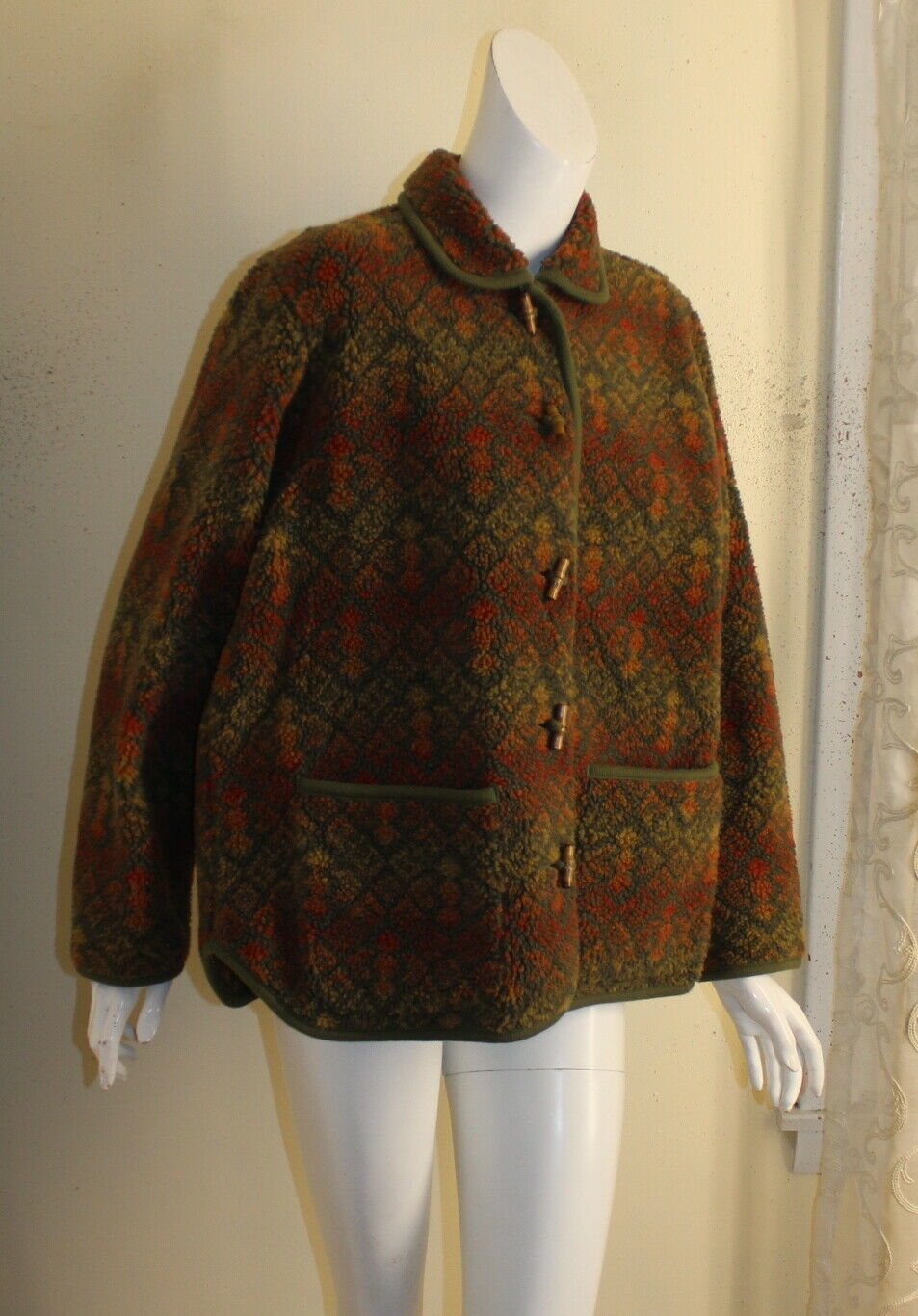 ORVIS -Sz M Lux Deep Pile Fleece Printed Art-to-W… - image 5