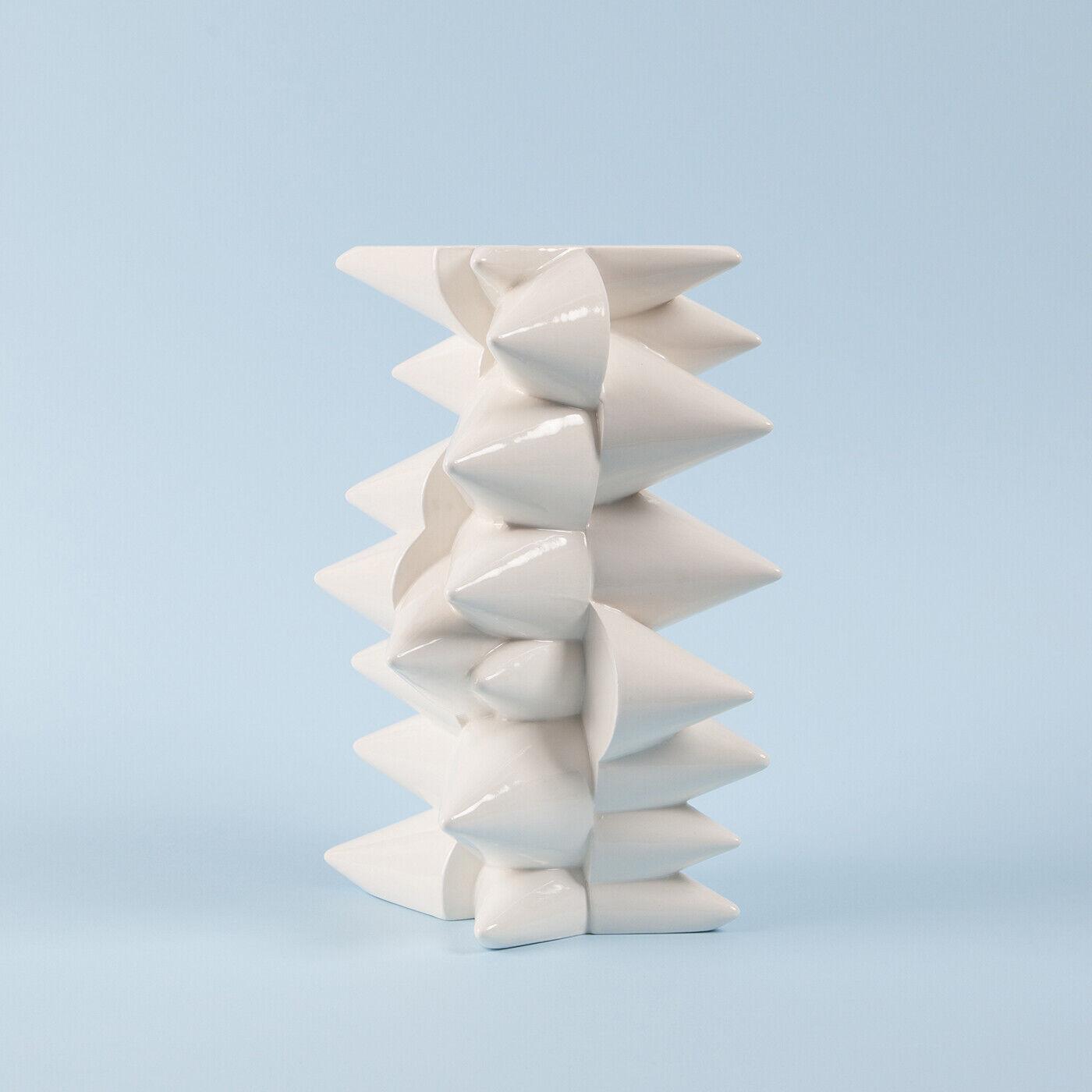 Contemporary Handmade Ceramic Vase, Slip Casted, Weiß with Clear Glaze