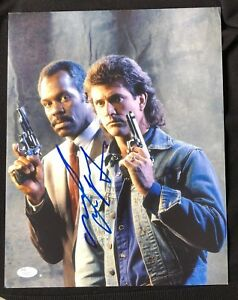 Actor Mel Gibson Signed Autographed Photo