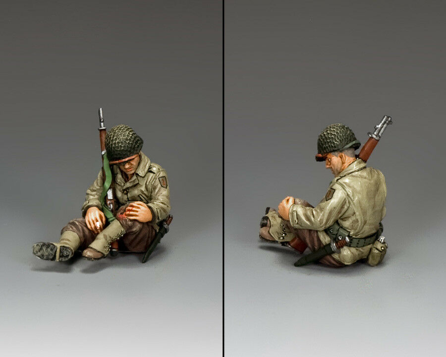 KING AND COUNTRY WW2 U.S. Sitting Wounded D Day DD242