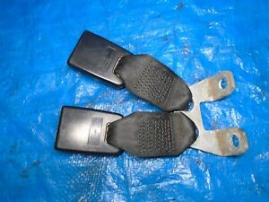 FORD FIESTA MK6 3 5 DOOR OSF DRIVER SIDE FRONT SEAT BELT STALK BUCKLE 2002-2008