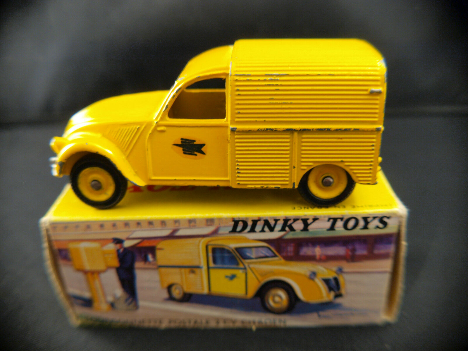 Dinky Toys F N º 560 Furgoneta Citroën 2cv Ptt Postal en Caja