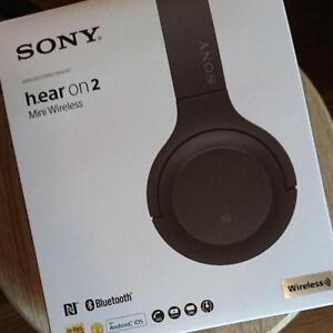 SONY-WH-H800-h-ear-on-2-mini-Wireless-Bluetooth-Hi-Res-Headphones-Grayish-Black