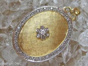 Medaillon-Anhaenger-aus-750-Gold-mit-Brillanten-Diamanten-Amulett-Foto-Diamond