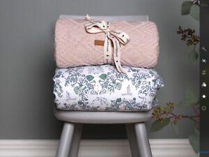Cot-Blanket-baby-toddler-newborn-playmat-100-cotton-Garbo-amp-Friends-Mares-light